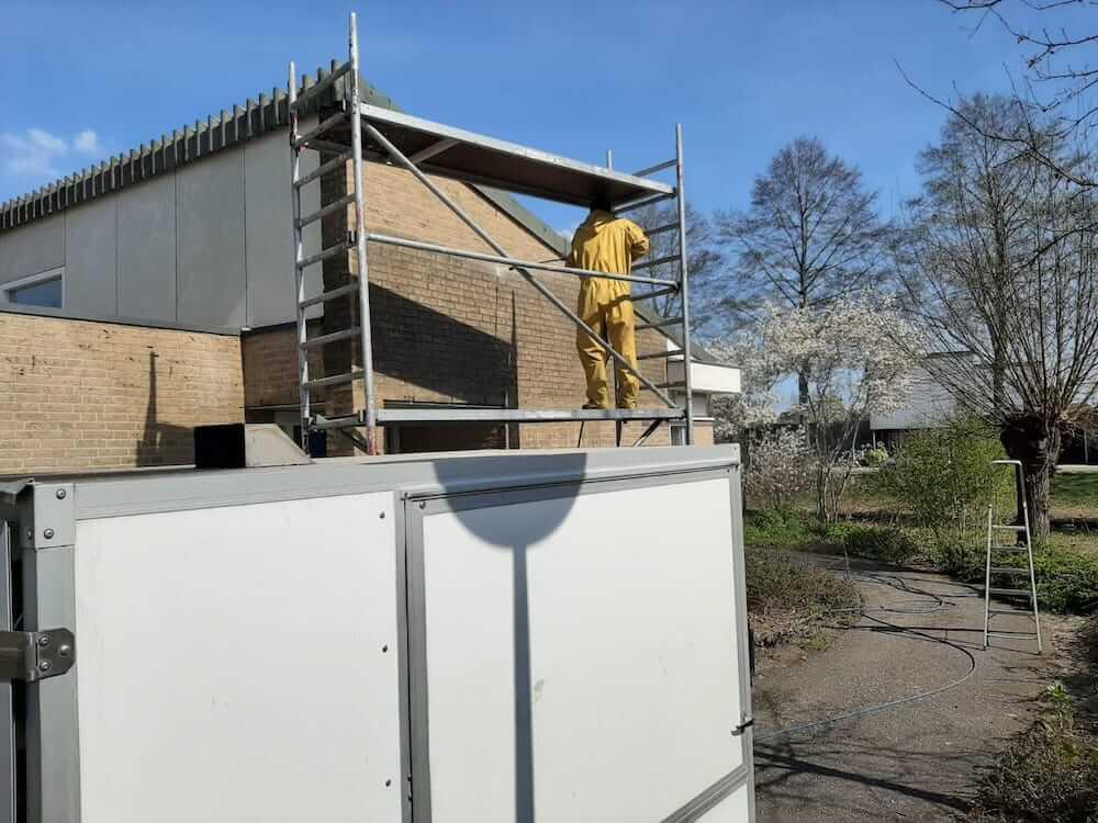 Reiniging van gevel - Schildersbedrijf Leeuw & Bouwhuis Vroomshoop