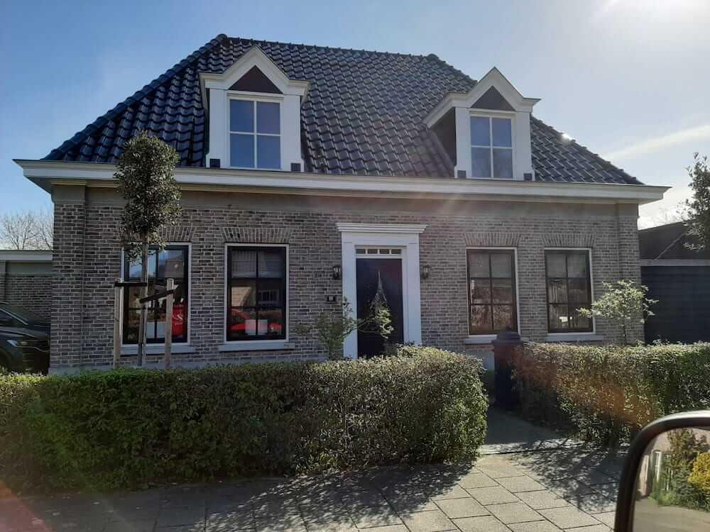 Schilderwerk notariswoning - Schildersbedrijf Leeuw & Bouwhuis Vroomshoop