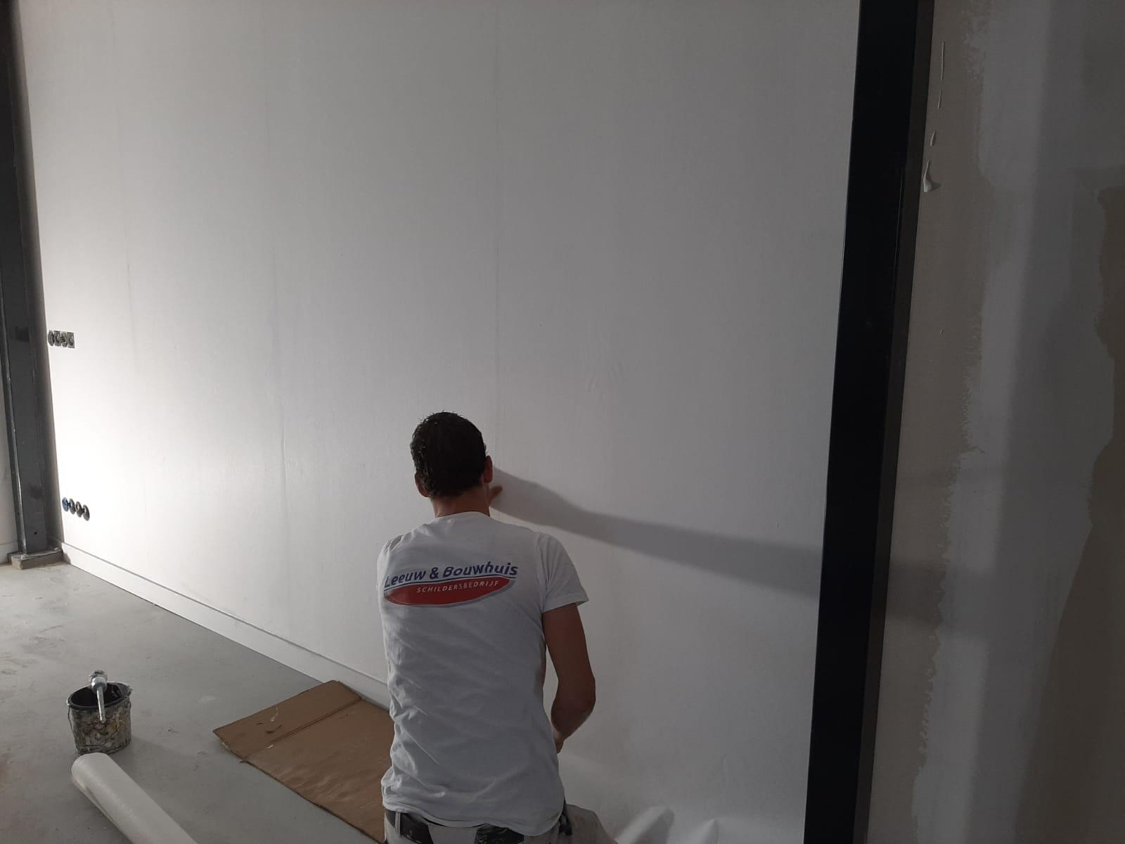 Wandafwerking schildersbedrijf Leeuw & Bouwhuis
